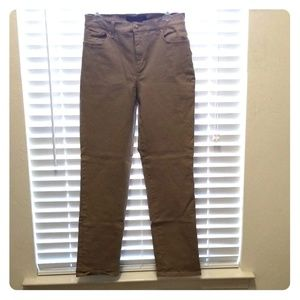 Gloria Vanderbilt Amanda khaki Jeans